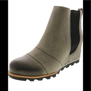 'NWOT Sorel Lea' Waterproof Wedge Bootie Dark Grey